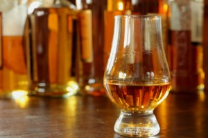 Single Malt Whisky im Nosing Glas